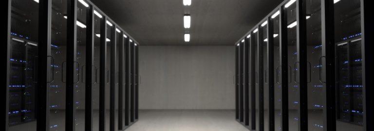 Serverraum in dem auch eine Excel-Vorlage nach DSGVO liegen kann